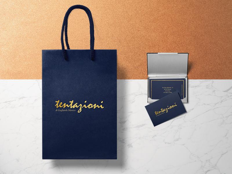 Design Shopping Bag e Progettazione Grafica Biglietti da Visita per Negozio Abbigliamento e Intimo Tentazioni | by Studio PATh